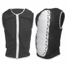 Chránič na snowboard, páteřák a snowboardová vesta na hrudník, žebra, břicho